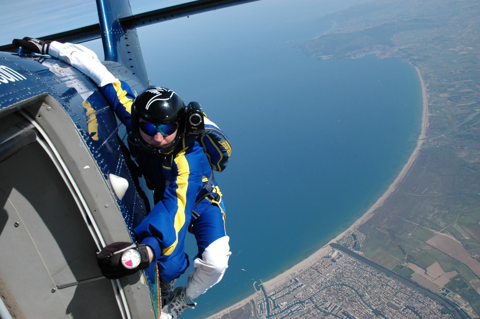 Tandemugrás - ejtőernyőzés - élmény